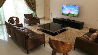 Villa Masidah, Sg Buloh (Private Room 2 adults)