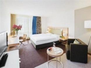 hotels.com Moevenpick Hotel Zurich-Regensdorf