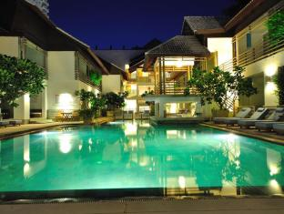 Ramada Phuket Southsea Phuket - Swimming Pool