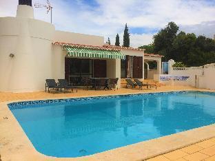 3 Bed Villa With Pool Near Golf Course, Carvoeiro