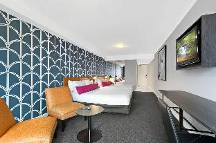 BreakFree on George Hotel5