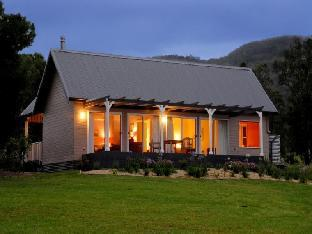 Crystal Creek Meadows Villa Kangaroo Valley takes PayPal