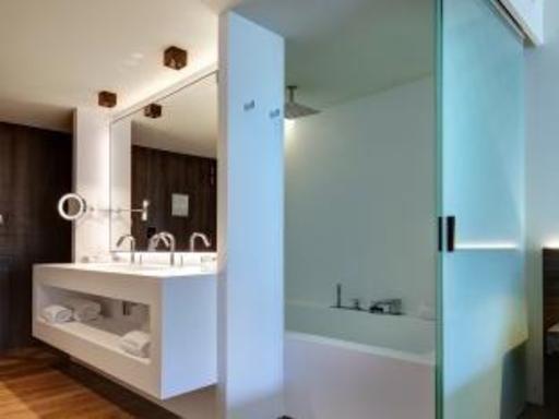 ➦  Preferred Hotel Group    customer rating