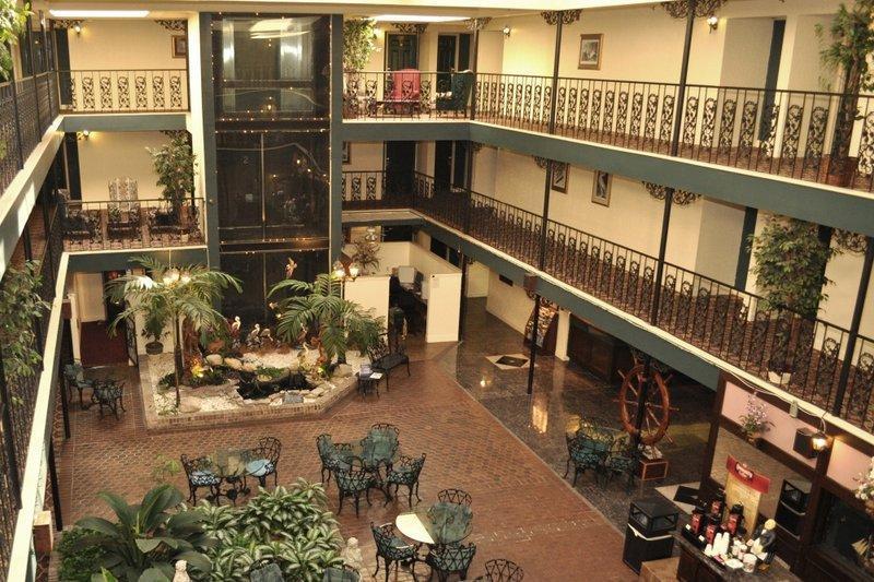 SureStay Plus Hotel by Best Western Baton Rouge image