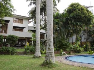 Villa Tara Battaramulla by Remo Hotels