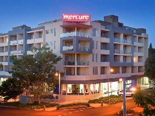 Mercure Centro Port Macquarie Hotel Port Macquarie takes PayPal