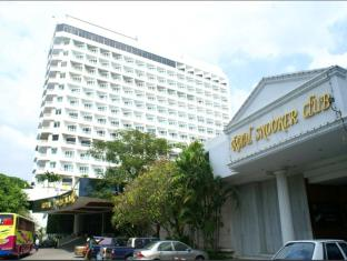 Royal Twins Hotel Pattaya - Exterior