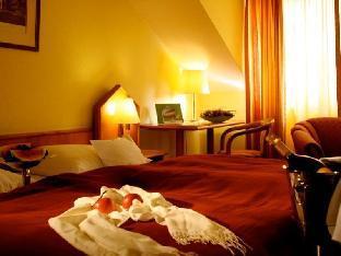 Best PayPal Hotel in ➦ Oranienbaum: