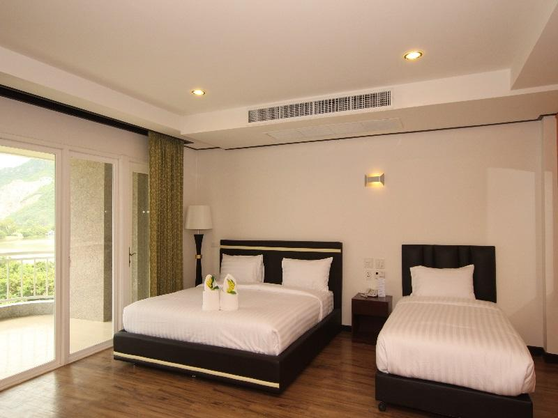 ホテル カン19