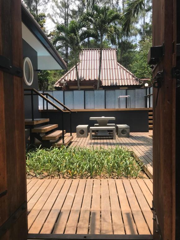 Mrs. Swan Beach Front Pool Villas, Ranong
