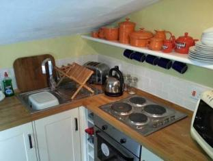 The Old Gallery and Chamber Apartments York - Kitchen