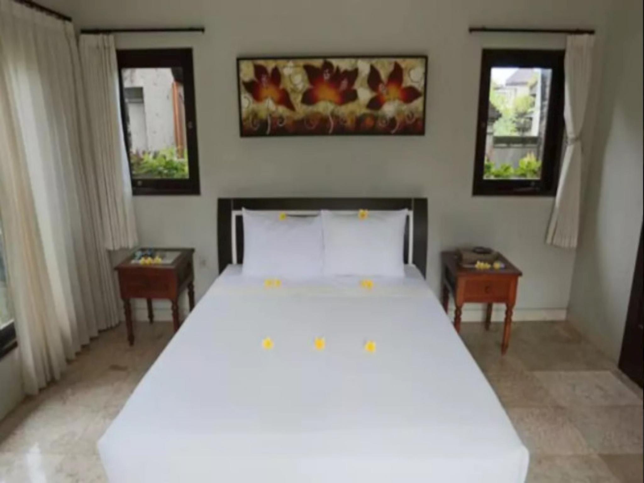 3 BEDROOM PRIVATE POOL VILLA NEAR UBUD WITH BEACH