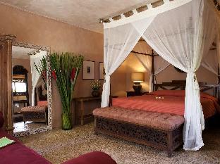 La Taverna Resort and Villas2