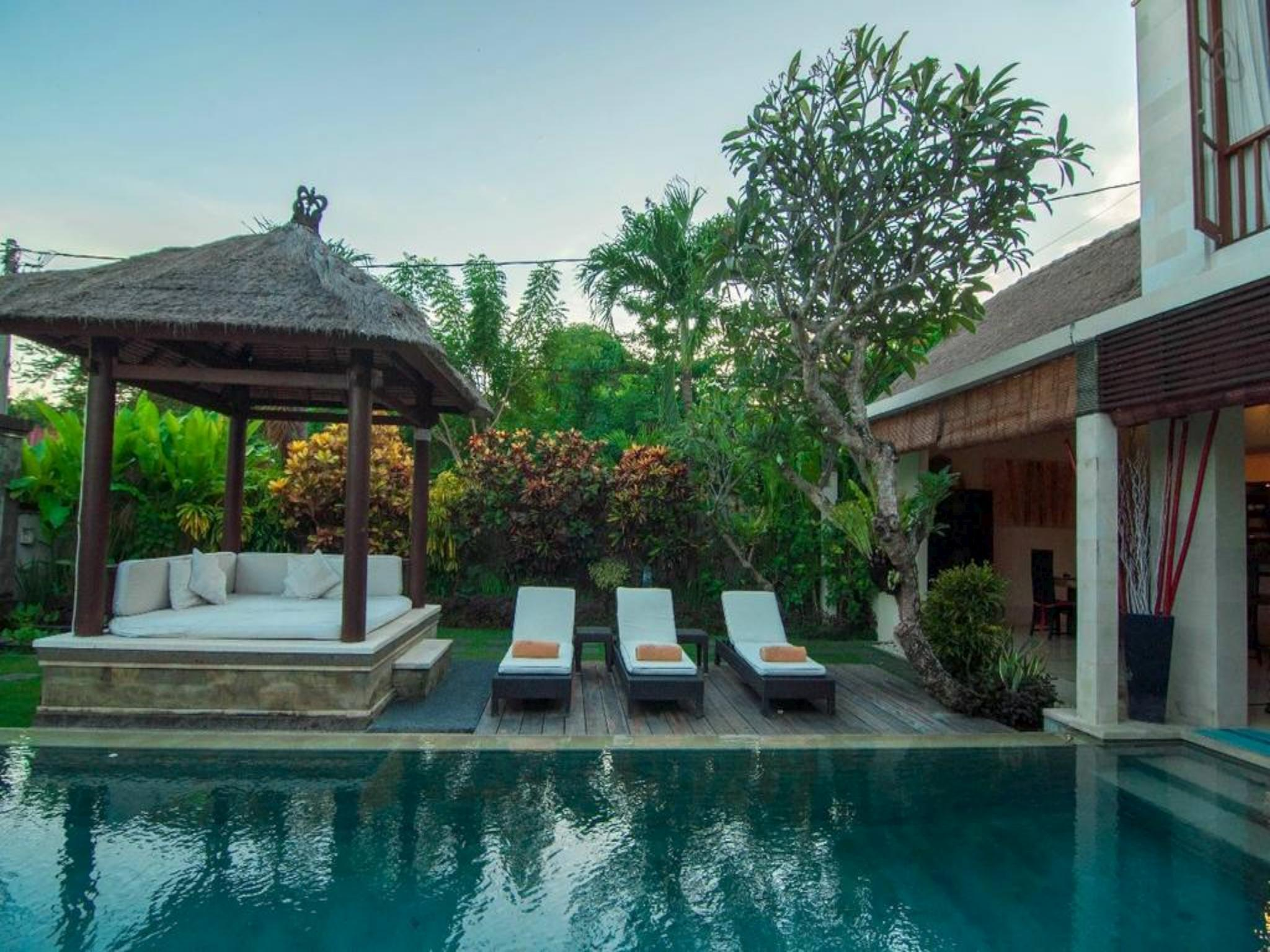 3 BDR Villa Private Pool Close Seminyak