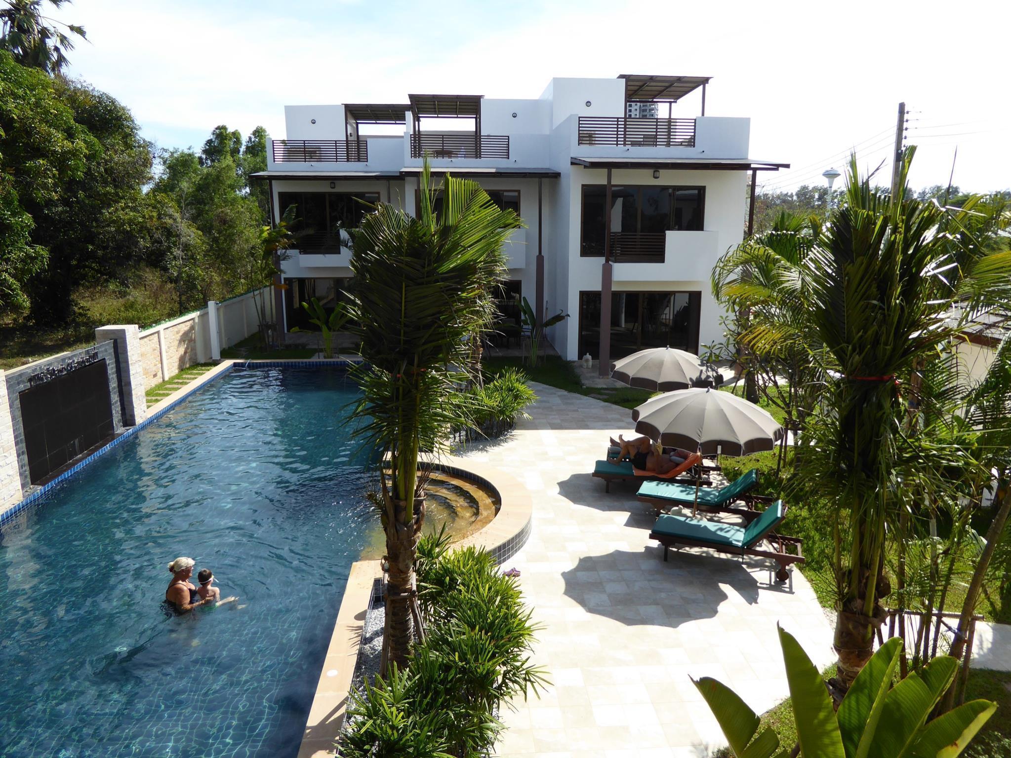Oasis Beach House at VIP Chain Resort, 4 ห้องนอน 3 ห้องน้ำส่วนตัว ขนาด 110 ตร.ม. – หาดระยอง