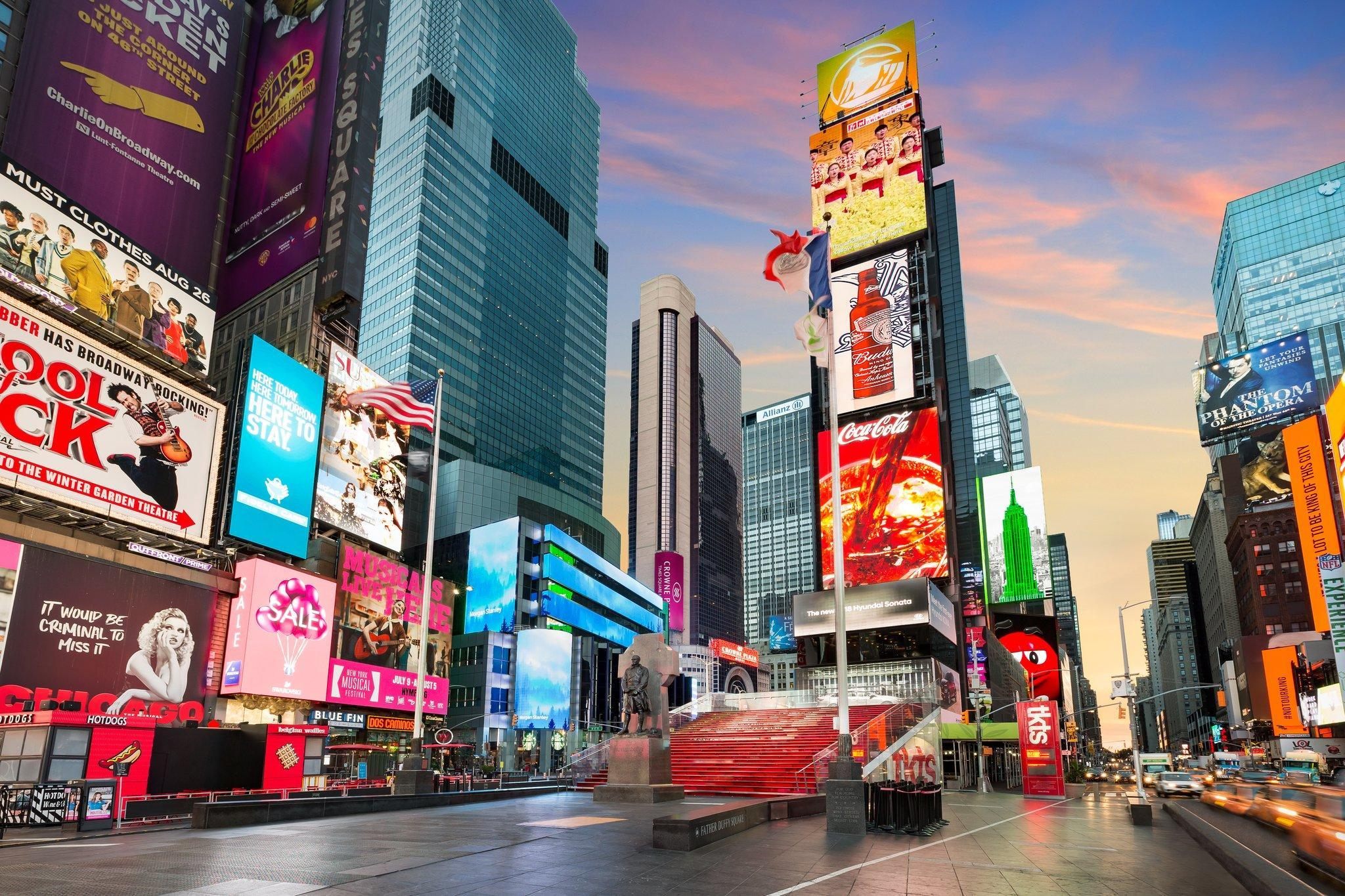 Crowne Plaza Times Square image