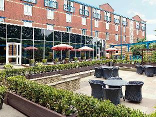 Novotel Wolverhampton City Centre Hotel