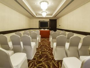 Howard Johnson Hotel - Howard Johnson Hotel Dubai - Meeting Facilities