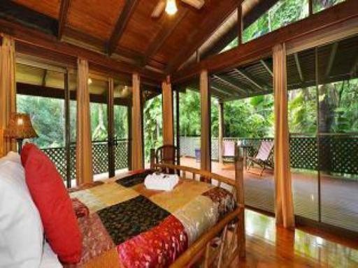 Wait A While Daintree Holiday House hotel accepts paypal in Daintree