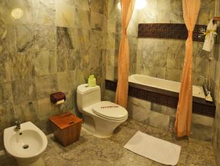 Vinh Hung Heritage Hotel Hoi An - Bathroom