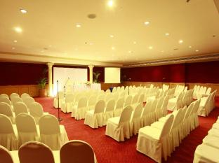 Waterfront Cebu City Hotel and Casino Cebu Stadt - Konferenzzimmer