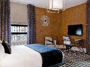 room of Ameritania Hotel at Times Square