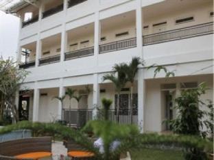 Grand Kalpataru Syariah Hotel
