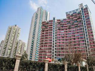 Yopark Serviced Apartment- Film Garden