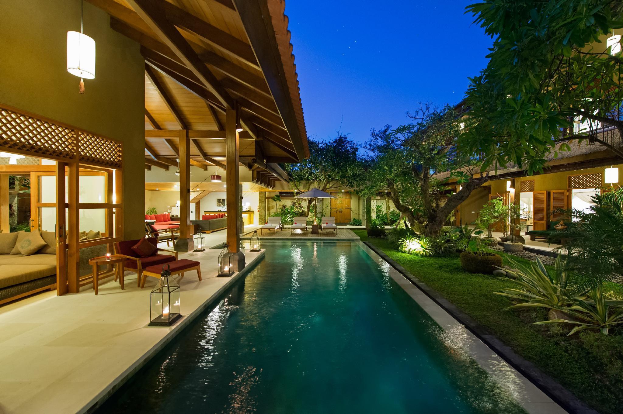 Luxury 9 BR Private Villa by the beach