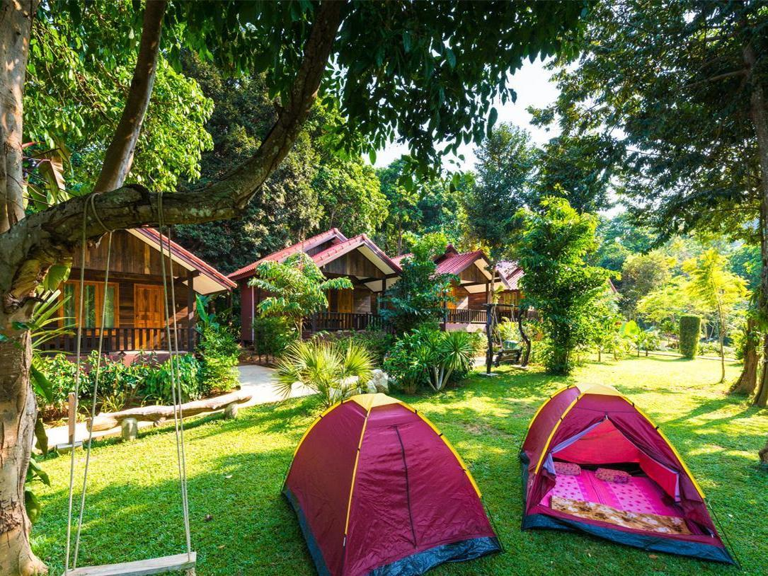 Ban Chom Samed Resort,บ้านชม เสม็ด รีสอร์ท