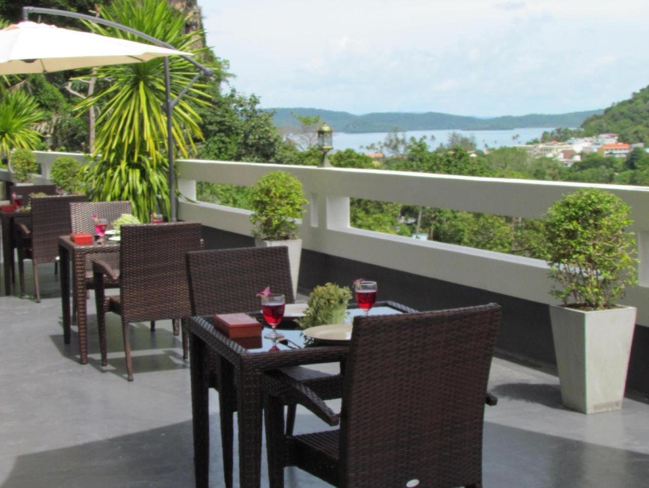 โรงแรมอ่าวนาง เมาน์เท็น วิว (Ao Nang Mountain View Hotel)
