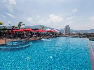 /fi-fi/the-charm-resort-phuket/hotel/phuket-th.html?asq=jGXBHFvRg5Z51Emf%2fbXG4w%3d%3d&lcdaction=1