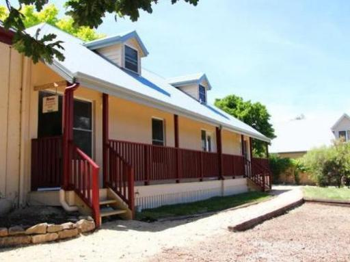 Best guest rating in Richmond ➦ Pinestumps Holiday House takes PayPal