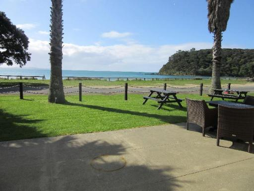Best guest rating in Mangonui ➦ Driftwood Lodge takes PayPal