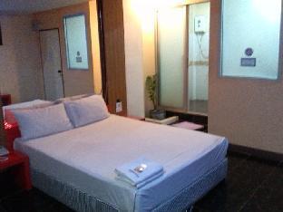 PB Resort guestroom junior suite