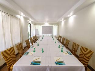 Bohol Beach Club Resort Panglao Island - Meeting Room