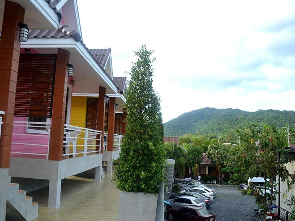 Toffy House Resort