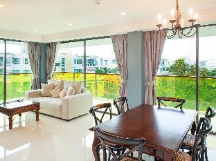 Rocco Huahin Condominium guestroom junior suite