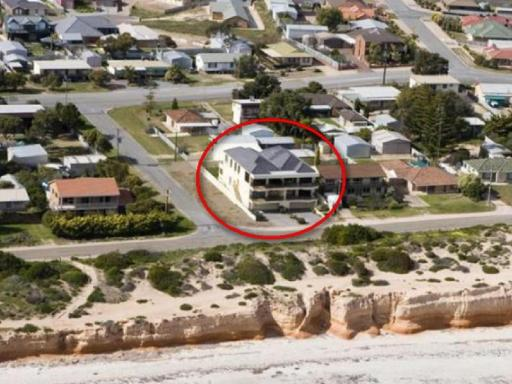 The Lighthouse Port Hughes PayPal Hotel Port Hughes