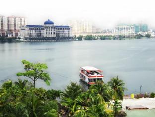 Mines Wellness Hotel Kuala Lumpur - View