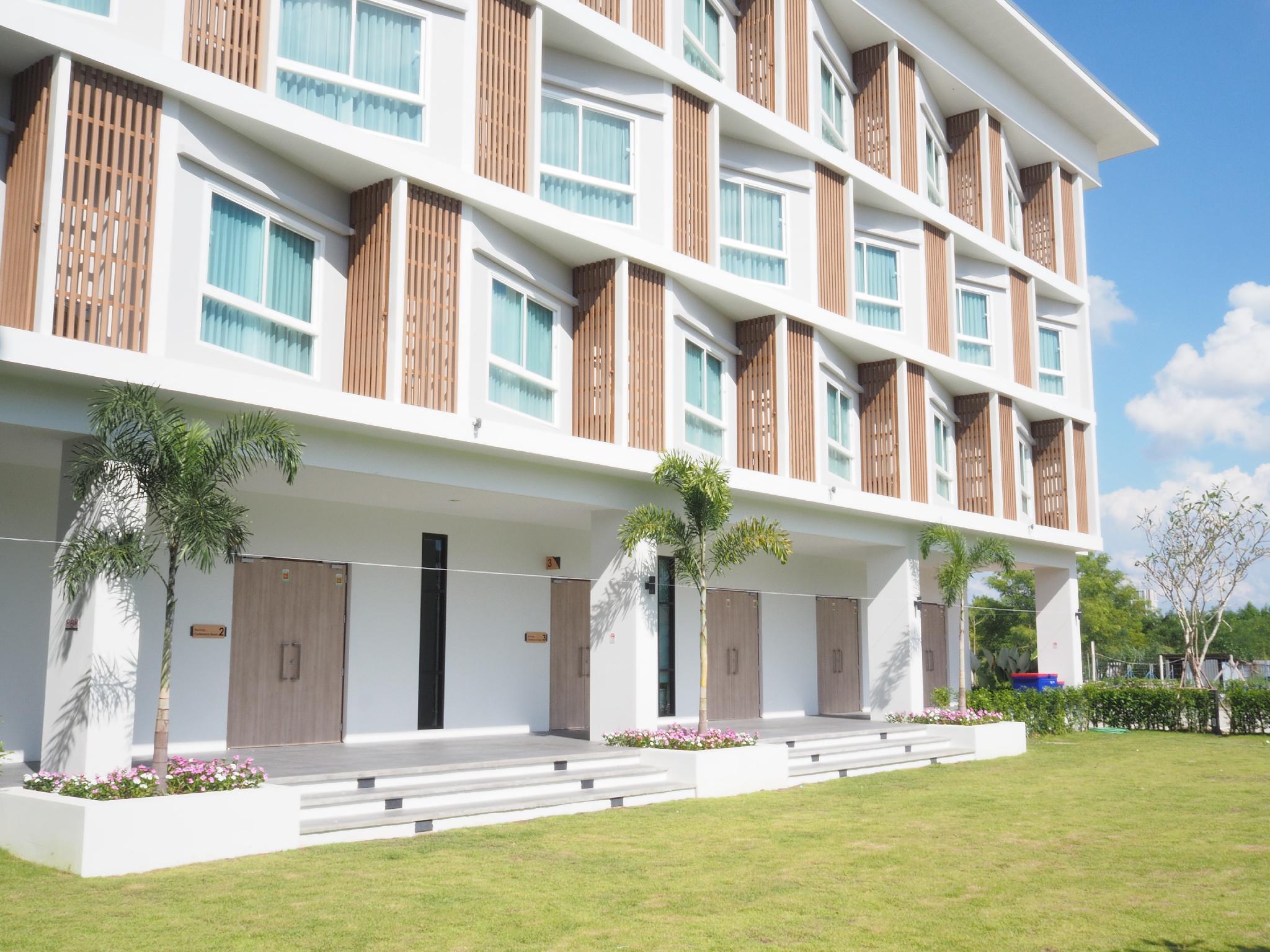 ,Donchan Grand Hotel