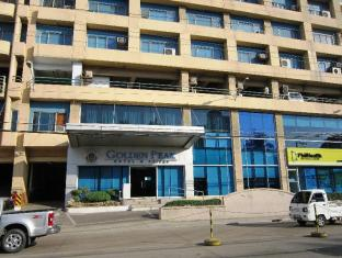 Golden Peak Hotel & Suites Cebu - vhod