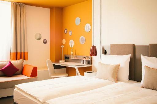 ➦  Vienna Hotel Group    (Baden-Wurttemberg) customer rating