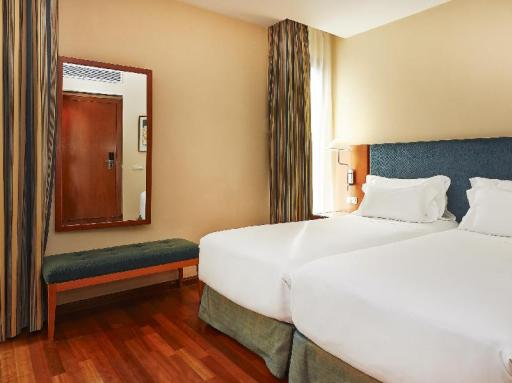 NH Barcelona Centro hotel accepts paypal in Barcelona