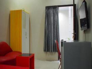 Dparagon Flamboyan Guest House