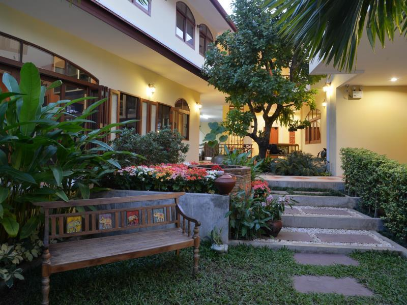 The Golden Wells Residence - Chiang Mai