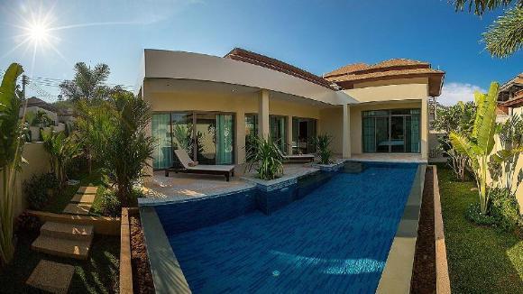 2 Bedrooms + 2 Bathrooms Villa in Rawai - 13812170