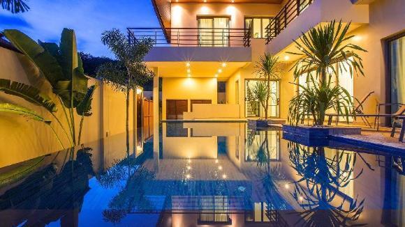 3 Bedrooms + 3 Bathrooms Villa in Rawai - 18484712