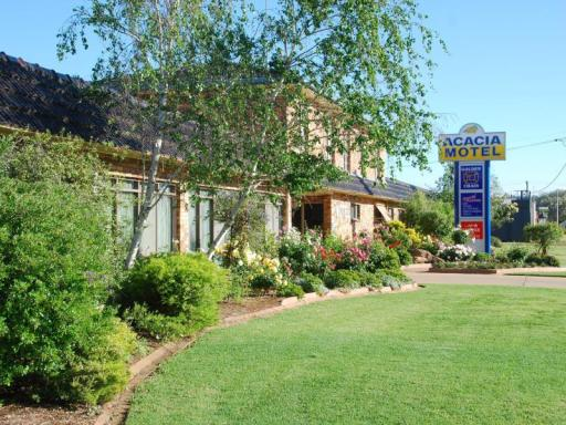 book Griffith hotels in New South Wales without creditcard