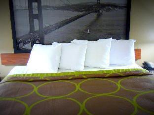 Best PayPal Hotel in ➦ Salinas (CA): Best Western Plus Salinas Valley Inn and Suites